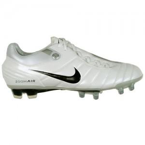 NikeAZT90SupremacyWhiteSilver