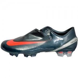 NikeMercurialVapor4BlackRed