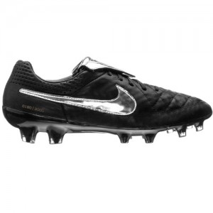 NikeTiempoLegend5Totti